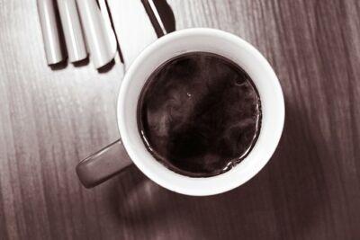 A kávé káros a látásra)